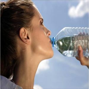 tomar_agua_salada_resulta